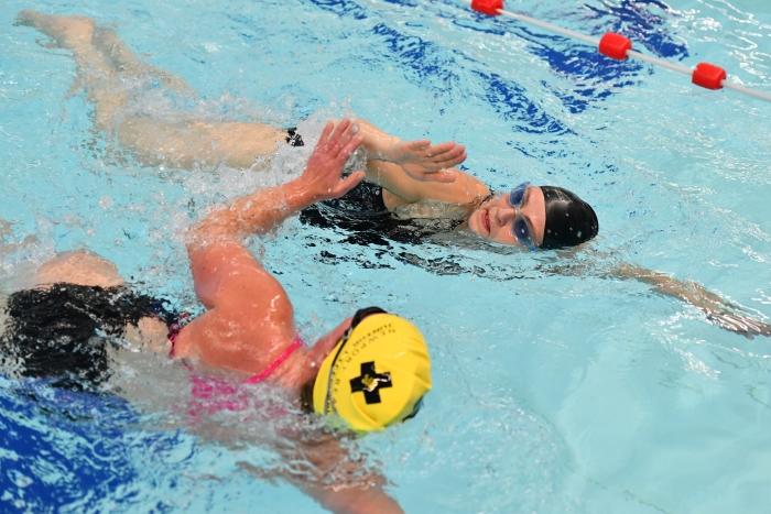Zwemtraining bij NTZV
