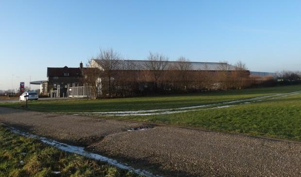 Op dit bedrijventerrein aan de N229 in Cothen is een biomassa centrale gepland (archief 2017)