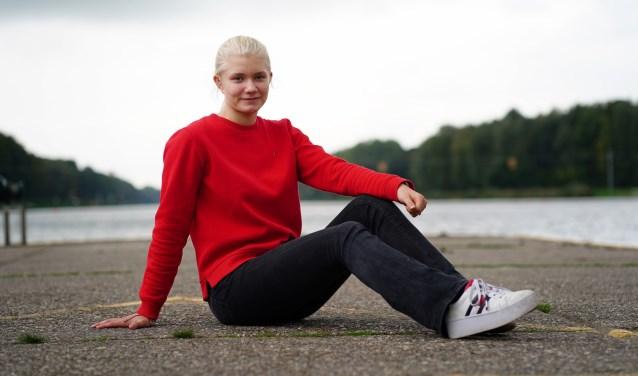 Annelotte bij de Bosbaan, waar ze vooral richting de zomer veel traint.
