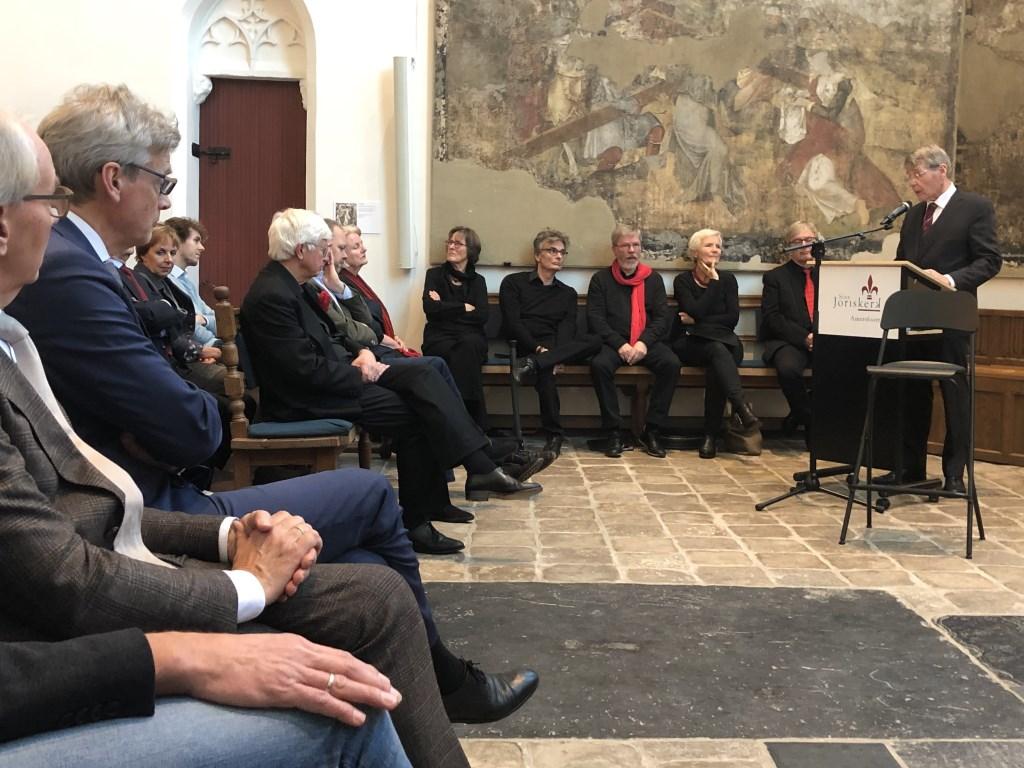 Zaterdagmiddag vond een speciale bijeenkomst rond Johan van Oldenbarnevelt plaats in de Sint-Joriskerk in Amersfoort. Minister van Staat, Piet Hein Donner, was hierbij aanwezig.  Ewerdt Heideman © BDU media