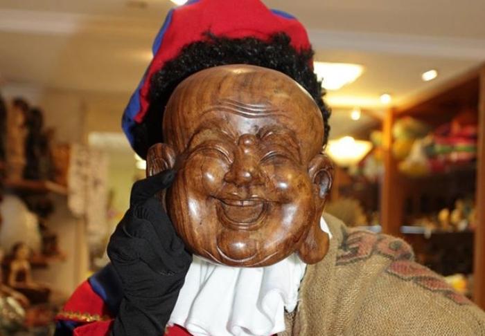 Zwarte Piet bij Toko Neba