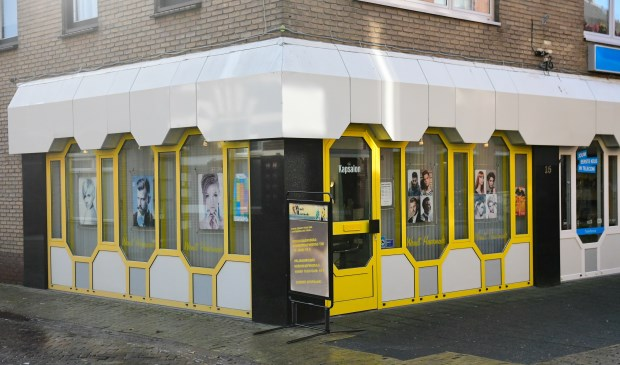 Het pand van Wendt Haarmode aan de Dorpsstraat 15 in Putten.