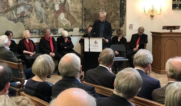 Zaterdagmiddag vond een speciale bijeenkomst rond Johan van Oldenbarnevelt plaats in de Sint-Joriskerk in Amersfoort. Minister van Staat, Piet Hein Donner, was hierbij aanwezig.