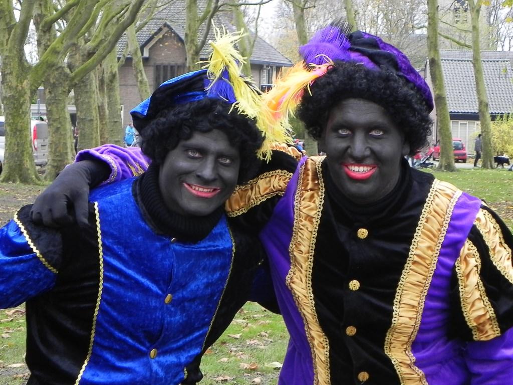 Vroklijk lachende Zwarte Pieten zorgden voor een leuke sfeer. Richard Thoolen © BDU media