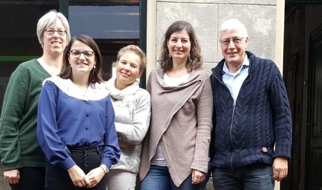 Team Nachtlicht met v.l.n.r. Diederiek van Loo, Jolijn van de Veen, Anna Walsma, Anita Groenendijk en Wiebe Goslinga.