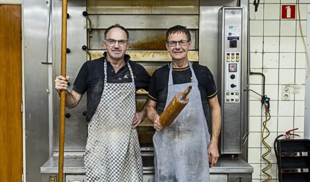 Johan en martien voor de oven