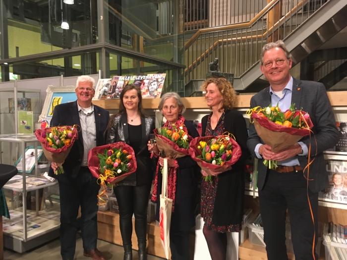 shortlistschrijvers 2019 vlnr. Martin Boetselaar, Soraya Vink, Ingrid Hoogendijk, Marian Rijk en Ronald van der Pol