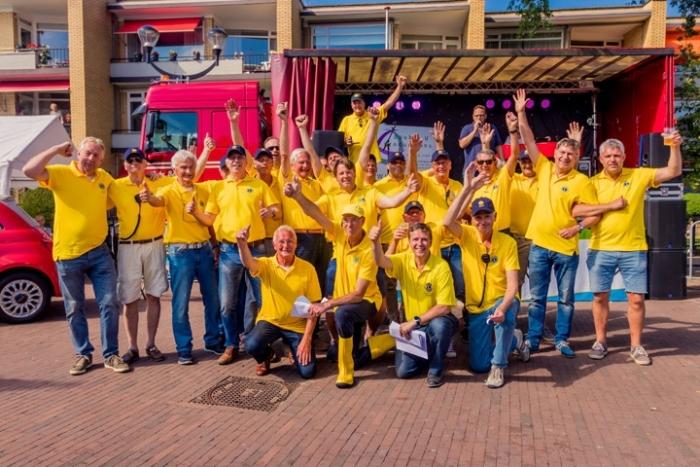 Leden van de jarige Lionsclub Eemland tijdens de Lukkie Duckrace in 2018 Dennis Verduin © BDU media