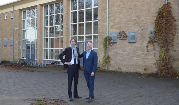Wethouders Herbert Raat en Frank Berkhout bij Ateliers 2005