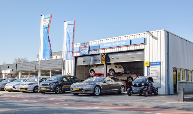 Autobedrijf Schouten breidt het aanbod uit met elektrische Move CityCars en scooters.