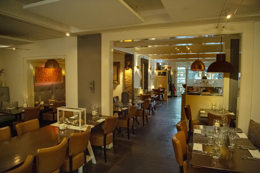 Het is goed vertoeven in de sfeervolle ambiance van Brasserie Sanz Ellen Toledo © BDU media