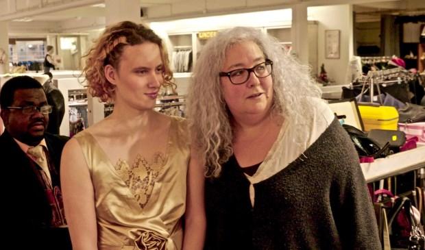 Allyson (midden) en Sally (rechts) op de kerstmodeshow in Amersfoort.