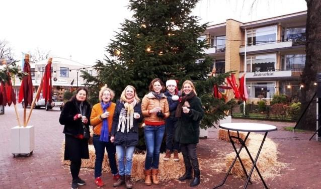 De initiatiefnemers van het Kerstdorp: zaterdag 21 december in winkelgebied Soestdijk.