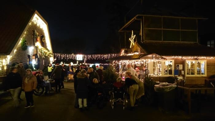 Stadsboerderij in Kerstsfeer