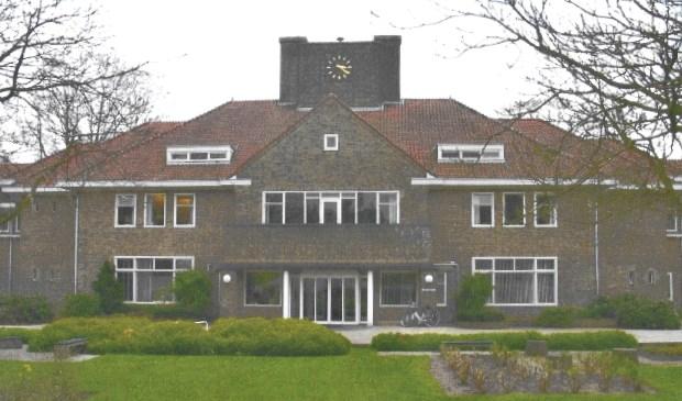 Het hoofdgebouw van Zon & Schild.