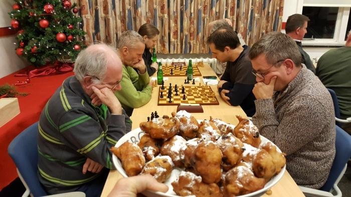 Oliebollen en schakers