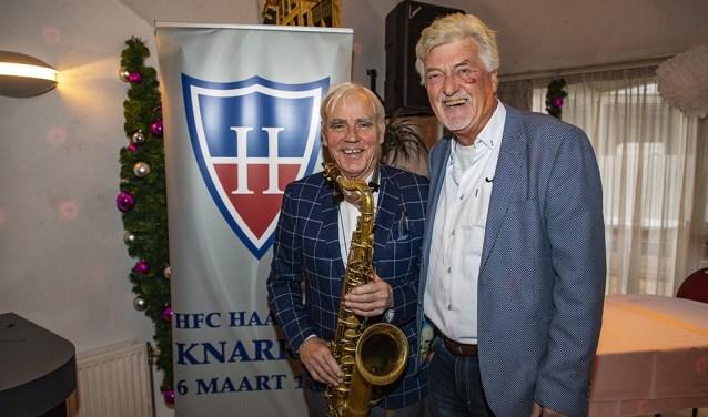 Adam Spoor en Piet Hooft houden de HFC Haarlem geest in ere.