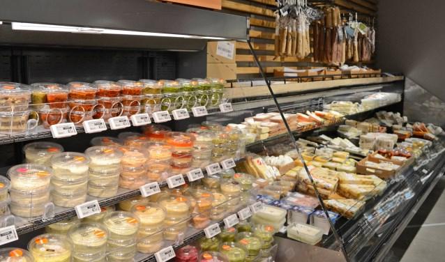 De nadruk bij de nieuwe Albert Heijn Nijkerk ligt op vers, lekker en gezond eten. Maureen van Goethem © BDU Media