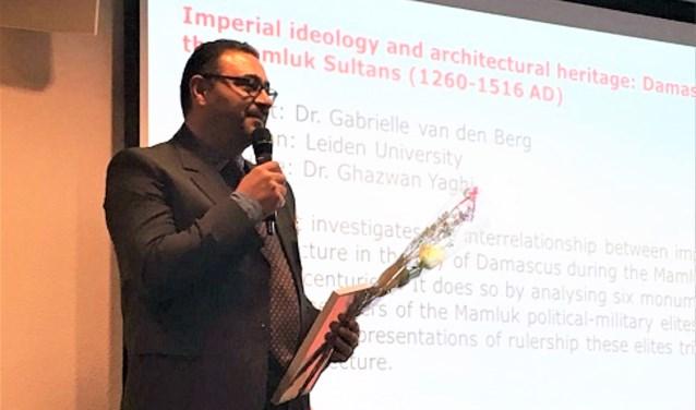 Dr. Yaghi op 23  januari 2019 in het NWO-gebouw in Den Haag