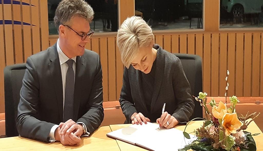 Commissaris van de Koning Hans Oosters en Iris Meerts