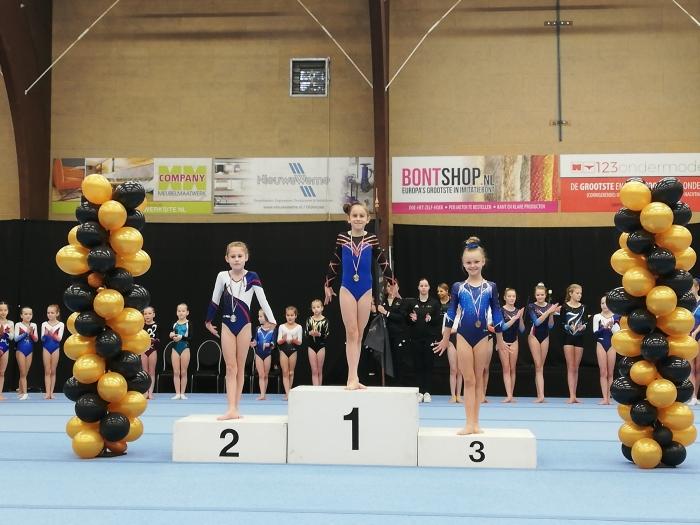 Thirza Gerritsen podium Instap N2 Wendy van der Spek © BDU Media