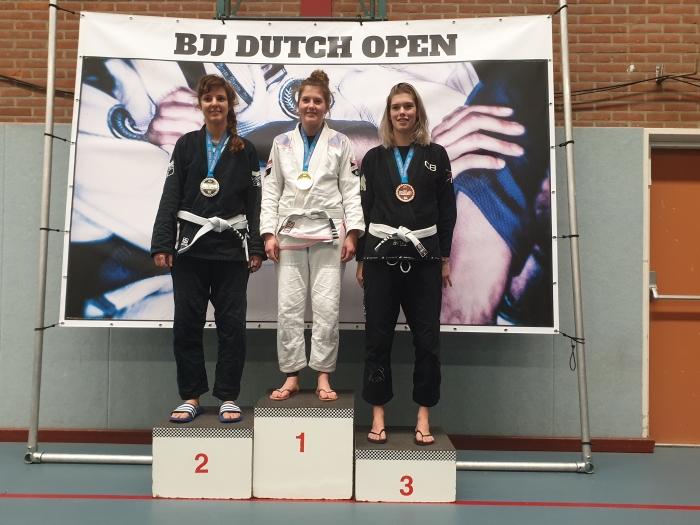 Jorien van de Pol wordt kampioen bij de dames +69 kg witte banden op de Dutch Open BJJ 2019 Sportschool Herbert © BDU Media
