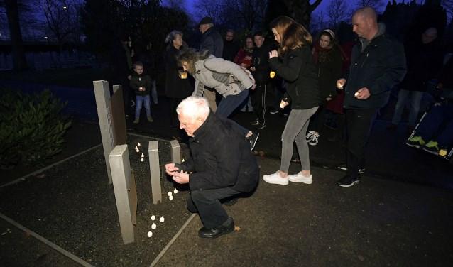 Lichtjes bij oorlogsgraven