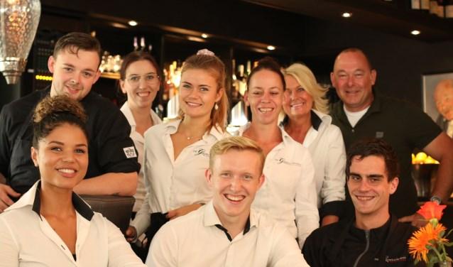 Het team van De Gezelligheid is trots op de eervolle titel 'Restaurant van het jaar van de provincie Utrecht'.