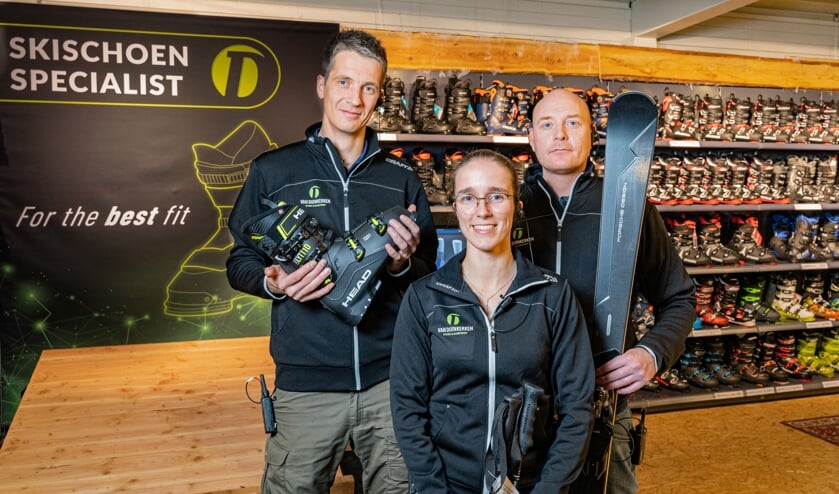 Het team van Van Duinkerken maakt zich op voor het Wintersportweekend.