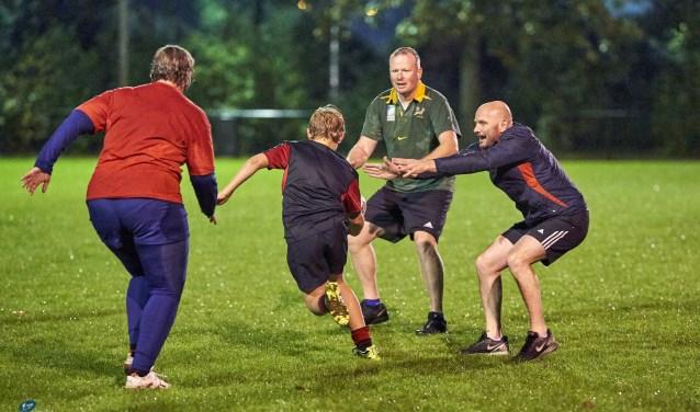 Een training van Touch Rugby in Driebergen.