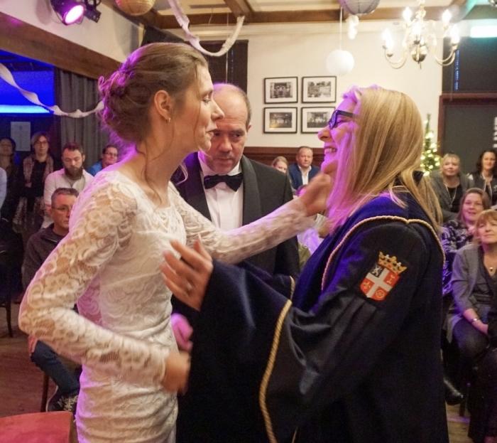 BABS Jacqueline Blok feliciteert het bruidspaar