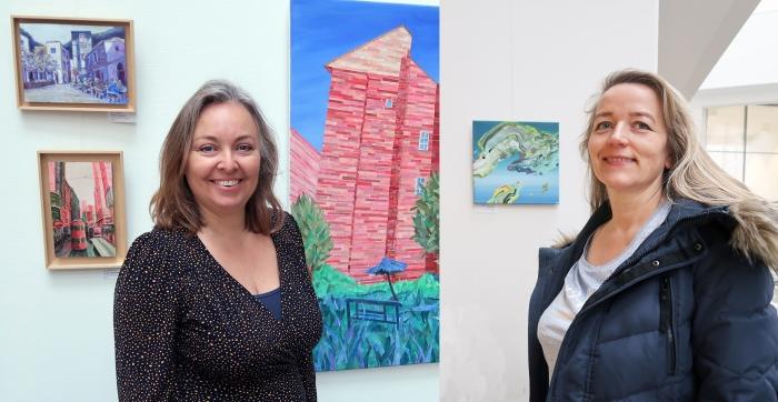 Kunstenaars Justyna en Anna
