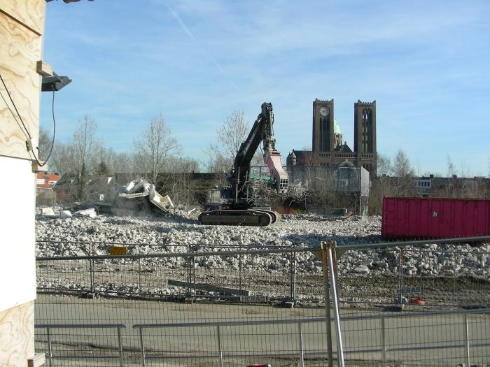 De Kathedraal kijkt naar de restanten EKP. Ad Timmers © BDU media