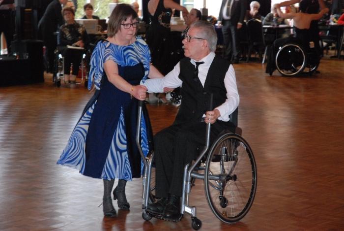 Arnold en Meriam eerste prijs in A combi standaard-1 Ronald van Nus © BDU media