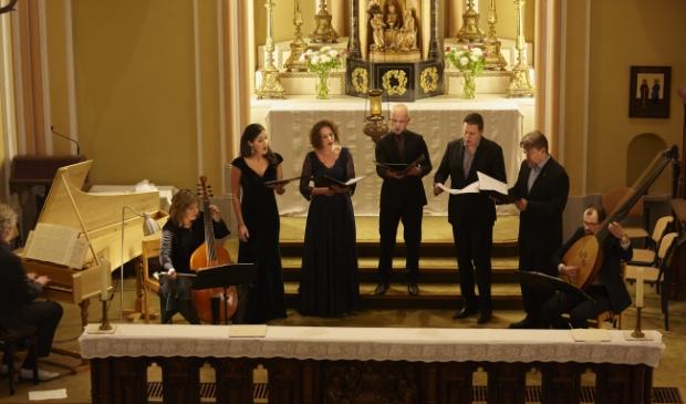 Het gezelschap Le Nuove Musiche onder leiding van Krijn Koetsveld.