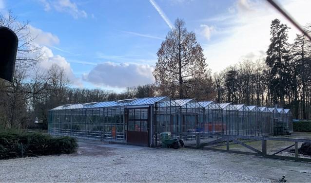 Het kassencomplex in de parktuin van Paleis Soestdijk.