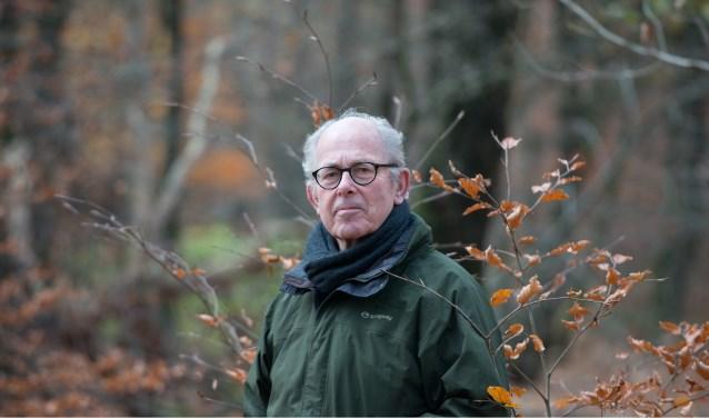 """,,Waar gehakt wordt vallen spaanders, maar dit financieel gedreven bosbeheer gaat ten koste van biodiversiteit en klimaat"""", aldus Frits van Beusekom."""
