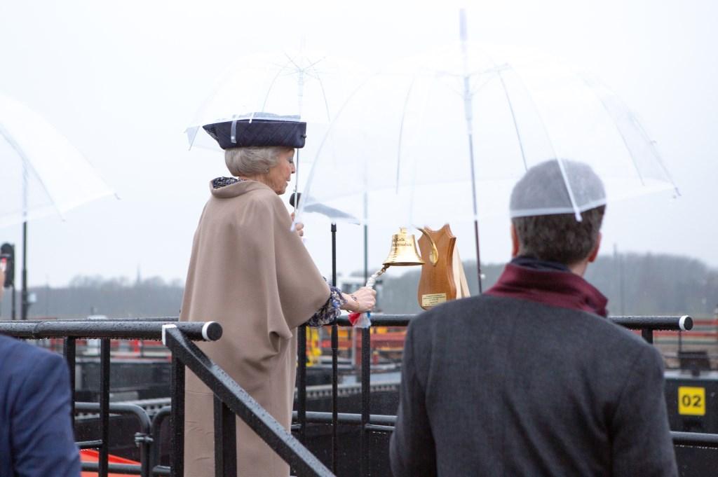 HKH Prinses Beatrix opende de 3e kolk van de Prinses Beatrixsluis Rijkswaterstaat © BDU media