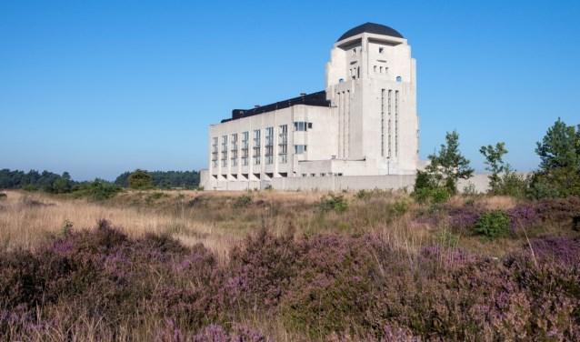 """,,Een groot attractiepark als de Koningin Julianatoren kun je niet vergelijken met de Stille Veluwe, zoals we het gebied rond Radio Kootwijk en het Kootwijkerzand noemen."""""""