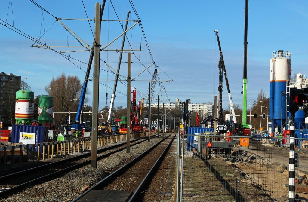 Werkzaamheden aan de tramlijn bij de tijdelijke halte Biesbosch. René de Leeuw © BDU media