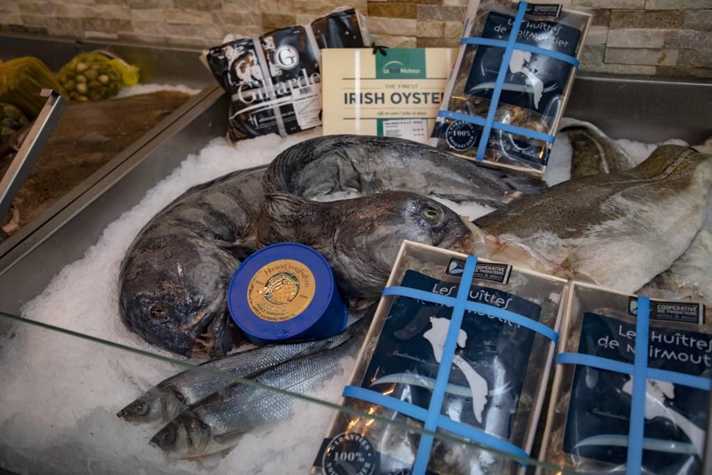 Ieder dag wordt er verse vis uit IJmuiden aangevoerd.  Michel van Bergen © BDU media
