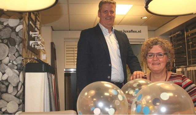 Edwin en Marie Louise van Nieuwenhuizen in hun familiebedrijf dat 35 jaar bestaat.