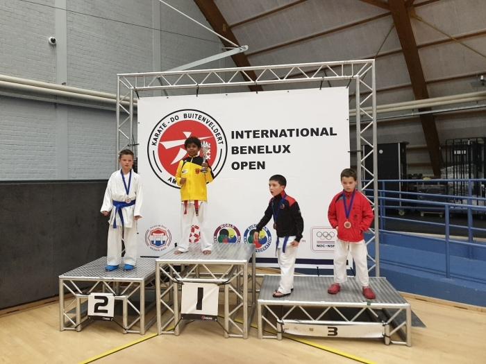 1e Plaats Maxim Persaud en 2e plaats Mick Kreijger U10 -33 kgp PR Kenamju Karate © BDU media