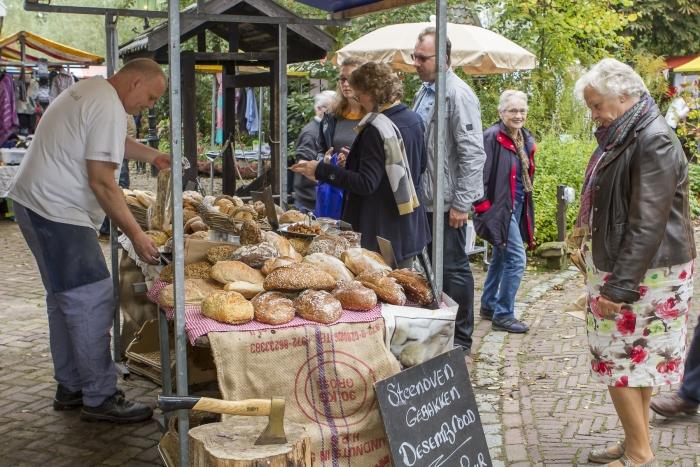 Markt rondom het museum museum De Koperen Knop © BDU media