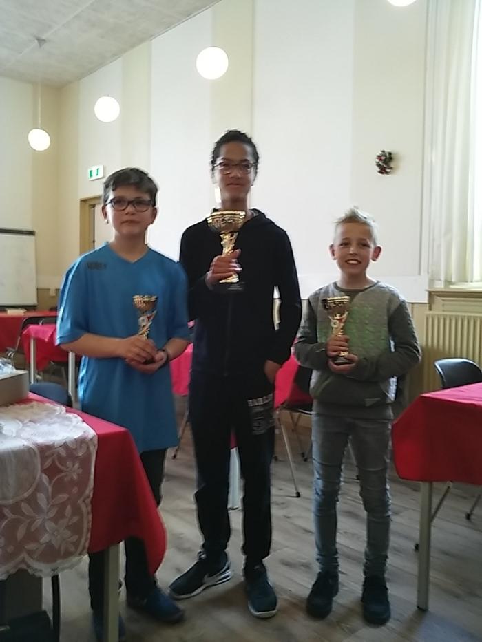 Derde Siebe, eerste Marlon en tweede Theun (r).