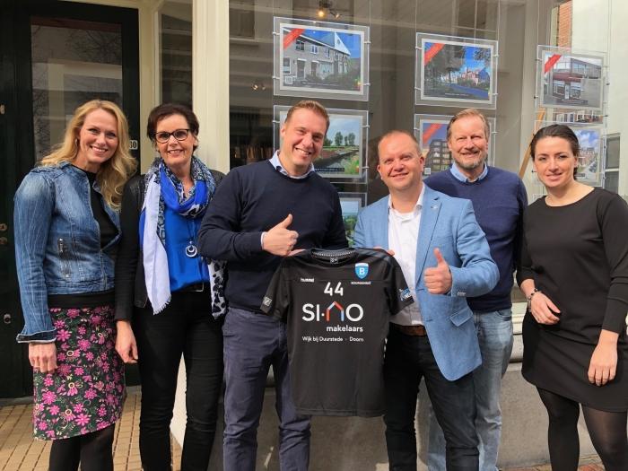 Team van Si-No Makelaars met Voorzitter Bourgondie Remco de Vries