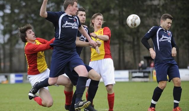 Derby en topper: Veluwse Boys - Stroe