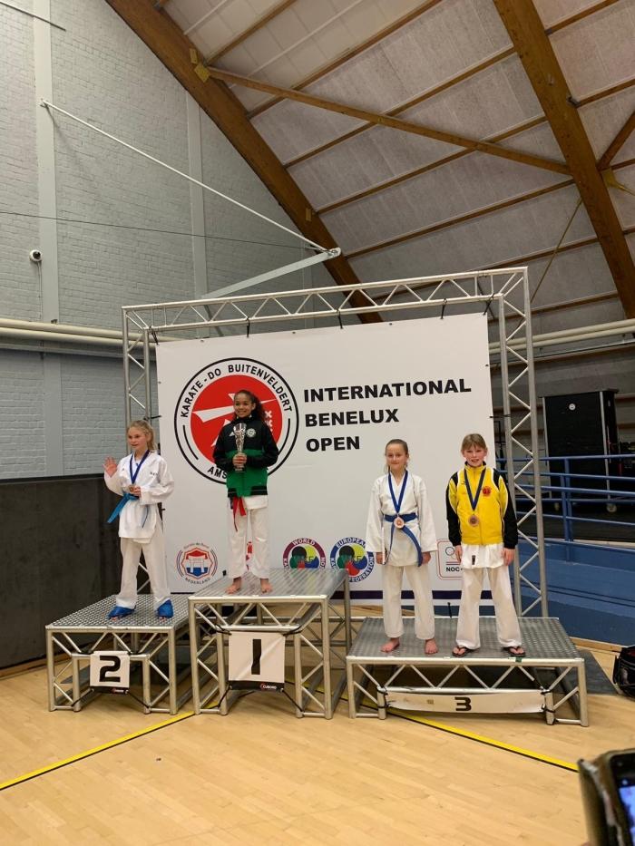 3e Plaats Celine Willemsen U12 -35 kg PR Kenamju Karate © BDU media