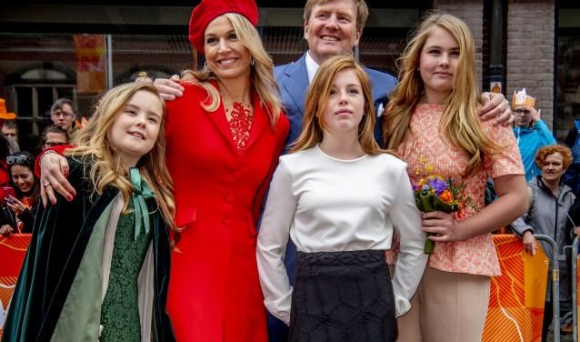 De Koninklijke Familie komt zaterdag naar Amersfoort. Ook Leusden viert feest. De Leusder Krant komt met een liveblog.