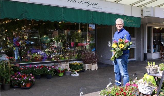 Als het aan Bert van Poelgeest ligt blijft zijn winkel op deze plek!